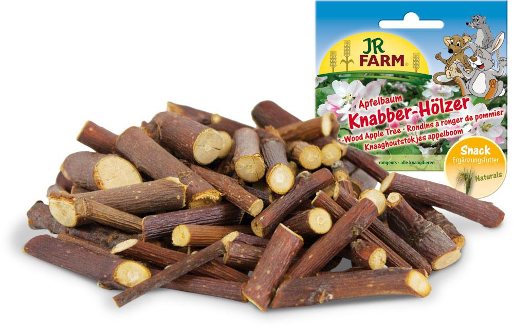 Лакомство для грызунов JR Farm Палочки, из веток яблони, 100 г25604/8230Лакомство для грызунов JR Farm Палочки из веток яблони поддерживают зубы в здоровом состоянии естественным способом. Постоянное потребление палочек обеспечивает отличное состояние зубов на долгое время. Высокое качество деревьев, из которых изготовлены палочки, поддерживается регулярными экспертизами независимыми лабораториями. Рекомендации по кормлению: разместите несколько веточек по всей клетке. Регулярно заменяйте грязные палочки свежими. Состав: натуральные палочки из веточек яблони. Без искусственных красителей и консервантов. Вес: 100 г. Товар сертифицирован.