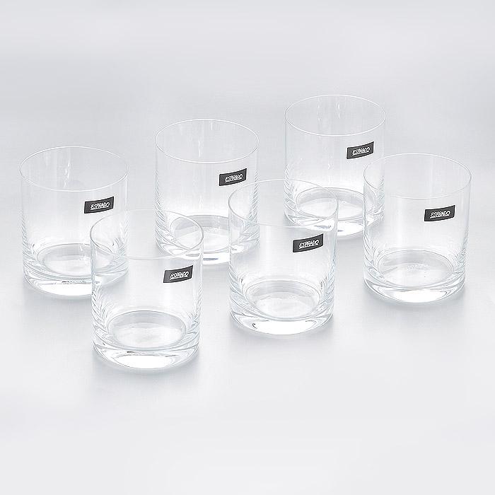 Набор стаканов Esprado Encanto, 280 мл, 6 штVT-1520(SR)Набор Esprado Encanto состоит из шести низких стаканов.Стаканы изготовлены из хрустального стекла или хрусталина, которое является более экологичной альтернативой знаменитому хрусталю, содержащему опасный для здоровья свинец. Хрустальное стекло имеет яркий блеск хрусталя, отличается высокой прозрачностью и тонкостью и при этом оно абсолютно безопасно и не содержит никаких вредных для человека веществ. Стаканы отличаются особой легкостью и прочностью, излучают приятный блеск и издают мелодичный хрустальный звон. Края стаканов имеют закаленный обод. Стаканы Esprado Encanto станут идеальным украшением праздничного стола и отличным подарком к любому празднику.Стаканы можно мыть в посудомоечной машине в щадящем режиме.В череде будней так ценны редкие минуты отдыха - время, которое можно провести с родными, друзьями, с самим собой: сесть в любимое кресло, укрыться пледом, взять книгу и открыть бутылочку хорошего вина. Очарование обычного вечера подчеркнет элегантная коллекция Encanto. Классические формы бокалов и их сдержанный дизайн позволят сполна насладиться ароматом и вкусом любимых напитков. В коллекции представлен полный комплект барного стекла, необходимого дома, в том числе стаканы и стопки. Характеристики безсвинцового хрусталя - хрусталина, из которого делают бокалы, современная технология литья чаши бокала и ножки, составляющих единое целое - все это обеспечивает долговечность посуды и удовольствие от ее регулярного использования.
