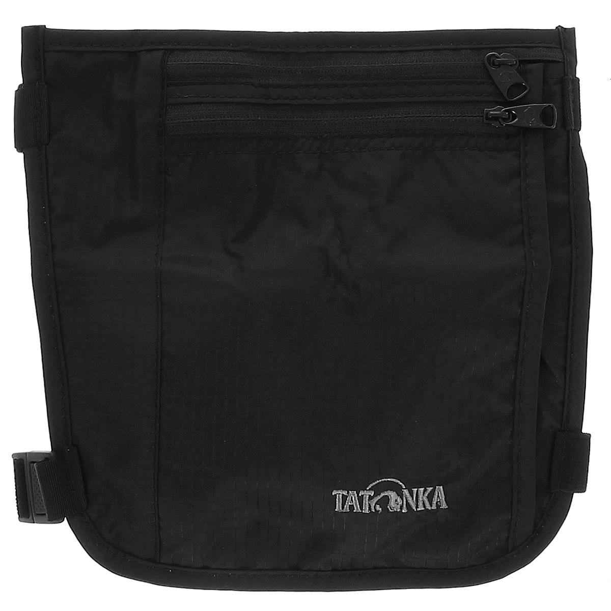 Кошелек на голень Tatonka Skin Secret Pocket, потайной, цвет: черныйH009Потайной кошелек Tatonka Skin Secret Pocket состоит из двух отделений на застежках-молниях. Крепится на голень с помощью двух эластичных ремешков на карабинах, регулируемых по длине. Кошелек можно закрепить как под одеждой, так и поверх нее - в зависимости от удобства. С обратной стороны для большего комфорта изделие дополнено мягкой тканью. Материал: 210 T Nylon Ripstop.