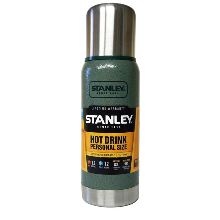 Термос Stanley Adventure, цвет: темно-зеленый, 0,5 л115510Герметичный термос Stanley Adventure выполнен из высококачественной нержавеющей стали и обладает вакуумной изоляцией. Крышка изготовлена в виде термостакана объемом 236 мл. Термос удерживает тепло и сохраняет холод на протяжении 12 часов. Слив - через поворотную пробку.Стильный функциональный термос будет незаменим в дороге, на пикнике. Его можно взять с собой куда угодно, и вы всегда сможете наслаждаться горячим домашним напитком.