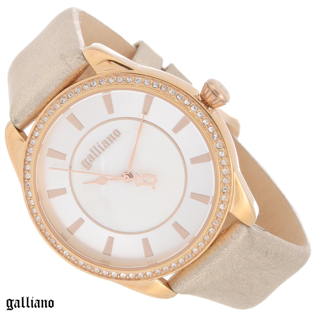 """Часы женские наручные Galliano, цвет: золотой. R2551115503R2551115503Наручные женские часы Galliano оснащены кварцевым механизмом. Корпус выполнен из высококачественной нержавеющей стали с PVD-покрытием. Циферблат из натурального перламутра с отметками защищен минеральным стеклом. Часы имеют три стрелки - часовую, минутную и секундную. Ремешок часов выполнен из натуральной кожи с эффектом """"металлик"""" и оснащен классической застежкой. Часы укомплектованы паспортом с подробной инструкцией. Часы Galliano благодаря своему великолепному дизайну и качеству исполнения станут главным акцентом вашего образа. Характеристики: Диаметр циферблата: 3,3 см. Размер корпуса: 3,8 см х 3,8 см х 0,7 см. Длина ремешка (с корпусом): 21 см. Ширина ремешка: 1,6 см."""