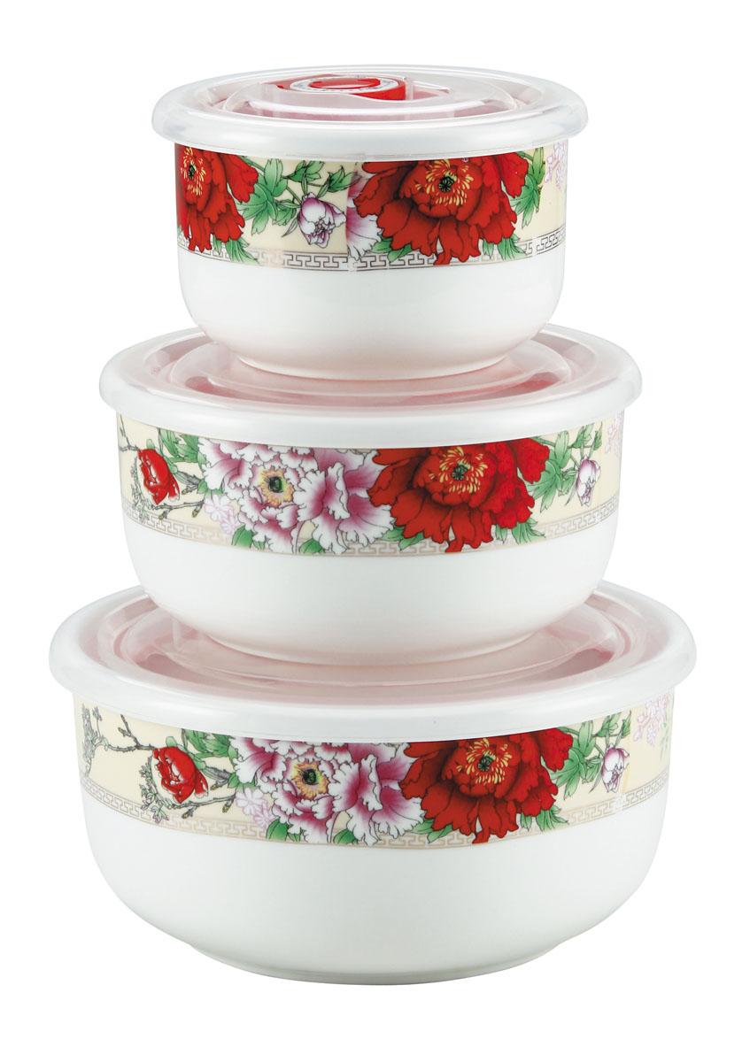 Набор вакуумных контейнеров Bekker Цветы с крышками, 3 штВК-5116Набор Bekker Цветы состоит из трех круглых вакуумных контейнеров разного объема. Контейнеры выполнены из высококачественного фарфора и декорированы цветочным принтом. Изделия надежно закрываются пластиковыми прозрачными вакуумными крышками, которые снабжены силиконовыми уплотнителями для лучшей фиксации. Благодаря этому они будут дольше сохранять свежесть ваших продуктов. Крышки оснащены специальным откидывающимися механизмами с отметками дня месяца, которые вы можете установить вручную и всегда быть уверенным в сроке годности продуктов. Чтобы открыть контейнер, вам нужно откинуть механизм вверх. Набор очень удобно хранить, и на кухне он не займет много места, так как изделия складываются друг в друга по принципу матрешки. Функциональный и яркий набор контейнеров Bekker Цветы займет достойное место среди аксессуаров на вашей кухне. Контейнеры пригодны для использования в микроволновой печи и посудомоечной машине.