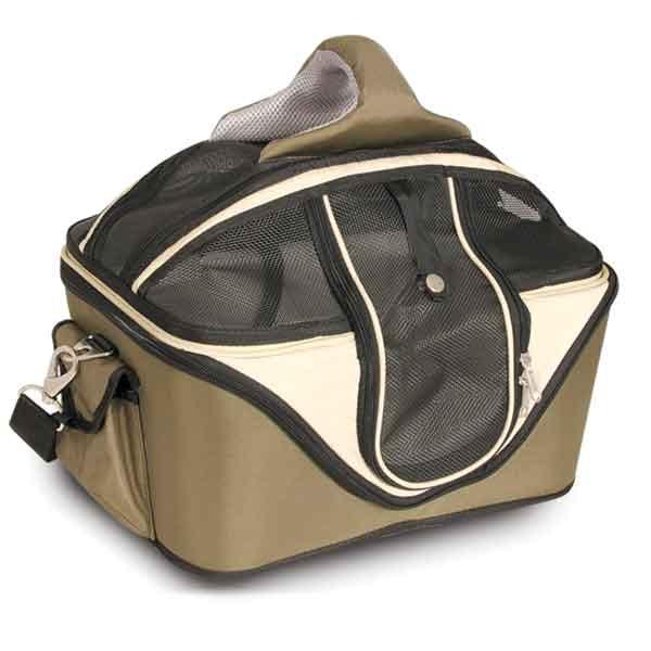 Переноска для кошек Triol, цвет: темно-зеленый, 53 см х 43 см х 41 смDCC3011LПереноска для кошек Triol изготовлена из плотного материала, не пропускающего солнечных лучей и защищающего животное от дождя и ветра. Жесткий каркас позволит сохранить форму сумки и обеспечит долгий срок службы. Вход расположен сверху и сбоку, закрывается прочным сетчатым полотном при помощи надежной молнии. По бокам расположены два кармана на липучке для хранения аксессуаров. Внутри предусмотрена отстегивающаяся зимняя лежанка из овчины, на которой вашему питомцу будет комфортно и тепло. Короткий поводок для фиксации животного обеспечивает его безопасность и не позволяет ему выпрыгнуть или выпасть из переноски. При желании сетчатое полотно можно снять и использовать переноску как лежанку. В комплекте предусмотрен наплечный ремень регулируемой длины с мягкой вставкой для плеча. Благодаря удобной мягкой ручке, переноску также удобно нести в руке. Переноска для кошек Triol - современная удобная транспортировка животного. Может ...