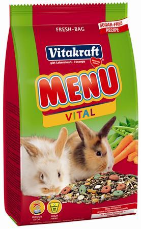 Корм для кроликов Vitakraft Menu Vital, 500 г18120Сбалансированный корм для кроликов Vitakraft Menu Vital для ежедневного применения. В состав входят: овощи, семена, злаки, витамины и минералы, а так же клетчатка, необходимая для правильной работы пищеварительной системы. Состав: компоненты растительного происхождения, злаки, овощи, фрукты, минералы, растительные масла и жиры, сахар, семена. Анализ: 13% протеин, 3% масло, 13% клетчатка, 6% зола, 10% влажность, 54,5% углеводы, витамины А, Е, С, В1, В2. Товар сертифицирован.