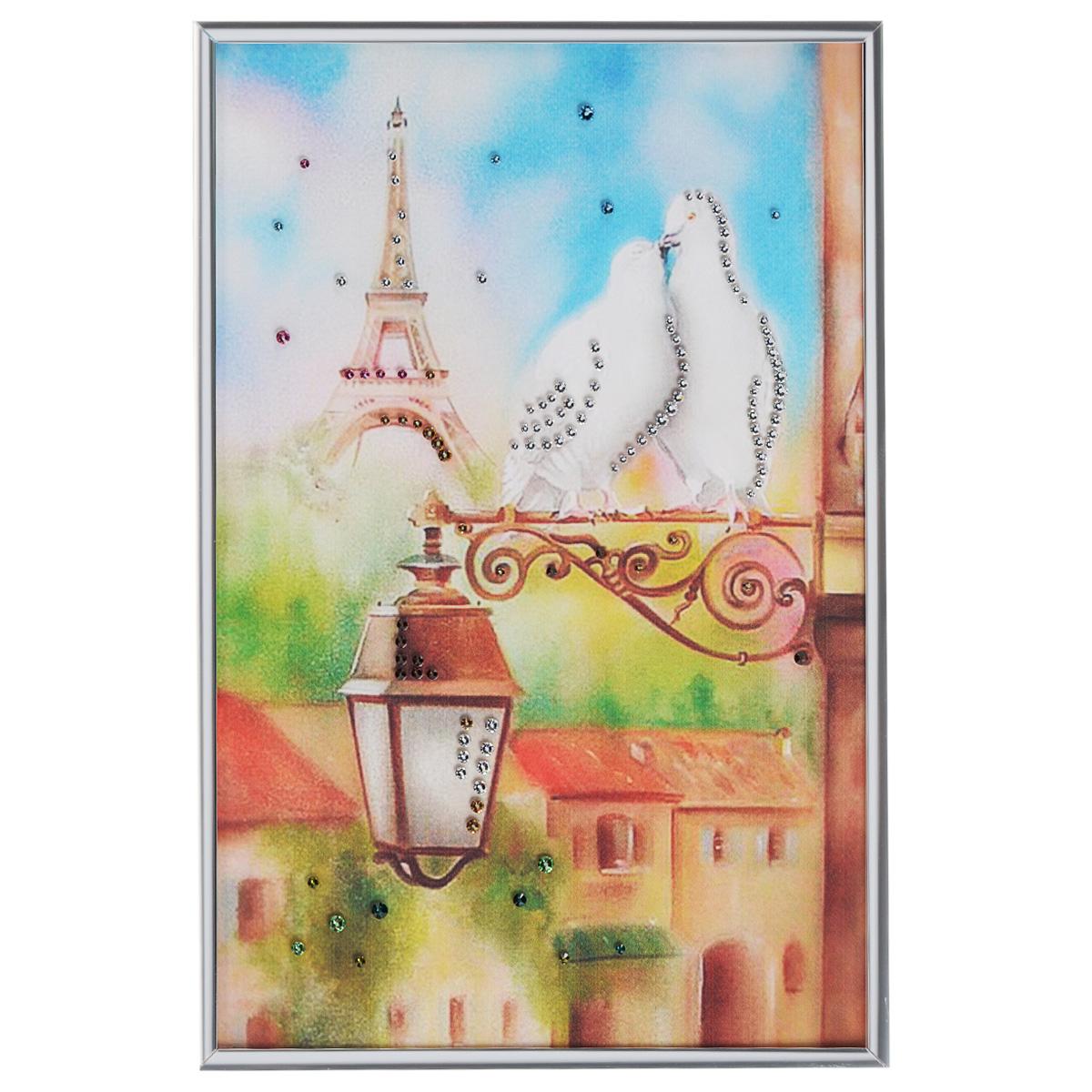 Картина с кристаллами Swarovski Голуби в Париже, 20 см х 30 смES-412Изящная картина в металлической раме, инкрустирована кристаллами Swarovski, которые отличаются четкой и ровной огранкой, ярким блеском и чистотой цвета. Красочное изображение двух голубей на фоне Эйфелевой башни, расположенное под стеклом, прекрасно дополняет блеск кристаллов. С обратной стороны имеется металлическая петелька для размещения картины на стене.Картина с кристаллами Swarovski Голуби в Париже элегантно украсит интерьер дома или офиса, а также станет прекрасным подарком, который обязательно понравится получателю. Блеск кристаллов в интерьере, что может быть сказочнее и удивительнее. Картина упакована в подарочную картонную коробку синего цвета и комплектуется сертификатом соответствия Swarovski.