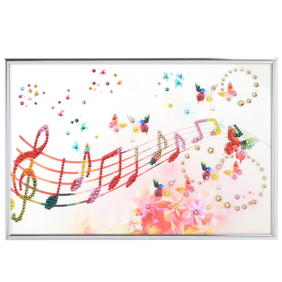 Картина с кристаллами Swarovski Музыка настроения, 30 см х 20 смU210DFИзящная картина в алюминиевой раме Музыка настроения инкрустирована кристаллами Swarovski, которые отличаются четкой и ровной огранкой, ярким блеском и чистотой цвета. Идеально подобранная палитра кристаллов прекрасно дополняет картину. С задней стороны изделие оснащено специальной металлической петелькой для размещения на стене. Картина с кристаллами Swarovski элегантно украсит интерьер дома, а также станет прекрасным подарком, который обязательно понравится получателю. Блеск кристаллов в интерьере - что может быть сказочнее и удивительнее. Изделие упаковано в подарочную картонную коробку синего цвета и комплектуется сертификатом соответствия Swarovski.
