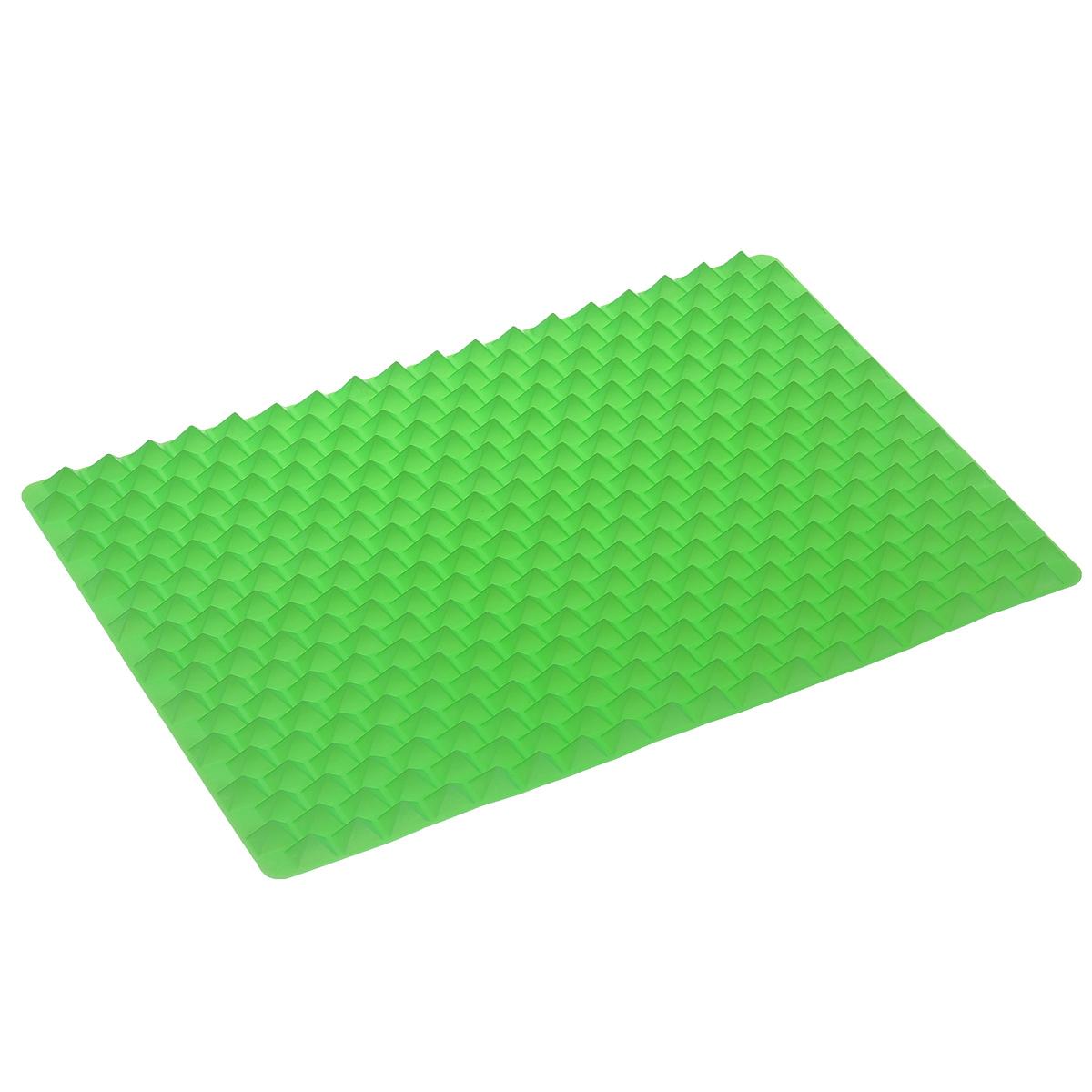 Силиконовый коврик для приготовления пищи Bradex, цвет: зеленый, 40 см х 27 смTK 0101Силиконовый коврик для приготовления пищи Bradex - это новейшая разработка в области кулинарии, которая значительно облегчает ежедневный процесс приготовления пищи, одновременно делая еду более здоровой. Коврик изготовлен из качественного 100% пищевого силикона, который не допускает пригорание пищи и легко моется; выдерживает температуру до +220°С. Уникальная конструкция силиконового коврика позволяет воздуху циркулировать под и вокруг пищи; продукты не входят в контакт с основание коврика, из них выходит избыточный жир, а блюдо приобретает хрустящую корочку и получается необычайно вкусным даже без жарки. Более того, использование силиконового коврика избавляет вас от необходимости постоянно переворачивать приготавливаемую пищу. Наслаждайтесь равномерно приготовленными продуктами с хрустящей корочкой, вне зависимости от того в панировке они или без нее, абсолютно без добавления масла и жира. Коврик идеально подходит для приготовления куриных грудок, рыбных палочек,...