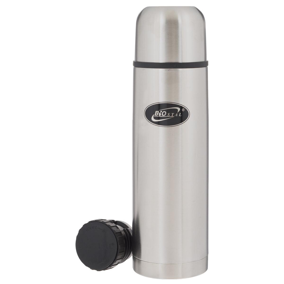 Термос BIOSTAL, 700 мл. NB-750NB-750Термос с узким горлом BIOSTAL, изготовленный из высококачественной нержавеющей стали, относится к классической серии. Термосы этой серии, являющейся лидером продаж, просты в использовании, экономичны и многофункциональны. Термос предназначен для хранения горячих и холодных напитков (чая, кофе) и укомплектован двумя пробками: пробка без кнопки надежна, проста в использовании и позволяет дольше сохранять тепло благодаря дополнительной теплоизоляции, пробка с кнопкой удобна в использовании и позволяет, не отвинчивая ее, наливать напитки после простого нажатия. Изделие также оснащено крышкой- чашкой. Легкий и прочный термос BIOSTAL сохранит ваши напитки горячими или холодными надолго.