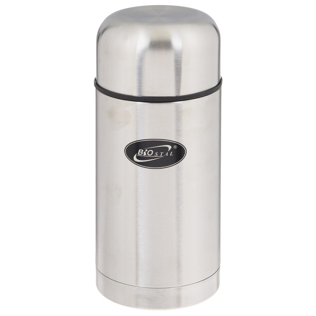 Термос BIOSTAL, в чехле, 1 л. NT-1000NT-1000Пищевой термос с широким горлом BIOSTAL, изготовленный из высококачественной нержавеющей стали, относится к классической серии. Термосы этой серии, являющейся лидером продаж, просты в использовании, экономичны и многофункциональны. Термос с широким горлом предназначен для хранения горячей и холодной пищи, замороженных продуктов, мороженного, фруктов и льда и укомплектован пробкой с клапаном. Такая пробка обладает дополнительной теплоизоляцией и позволяет термосу дольше хранить тепло, а клапан облегчает его открытие. Изделие также оснащено крышкой-чашкой и текстильным чехлом для хранения и переноски термоса. Легкий и прочный термос BIOSTAL сохранит ваши напитки горячими или холодными надолго.