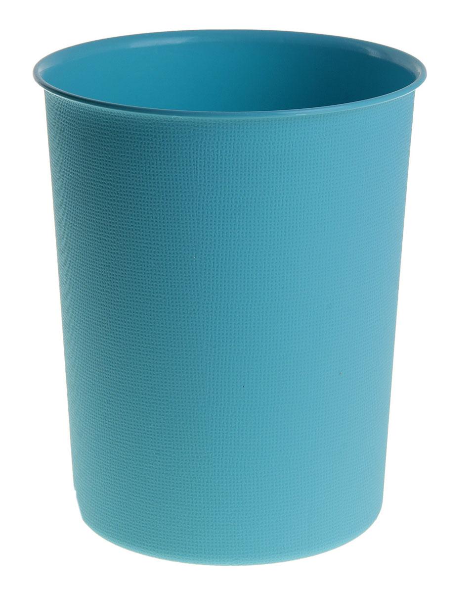 Ведерко Sima-land, пластиковое, цвет: синий, высота 24 см147468Ведерко Sima-land изготовлено из пластика и предназначено для складывания мусора, различных мелких предметов и материалов. Поверхность изделия декорирована рельефным рисунком. Размер ведерка: 24 см х 19,5 см. Диаметр дна: 16 см.