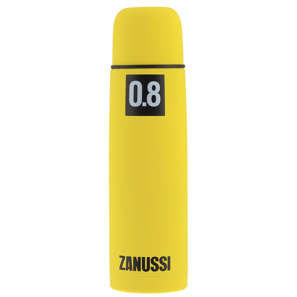Термос Zanussi, цвет: желтый, 800 млZVF41221CFТермос с узким горлом Zanussi, изготовленный из высококачественной нержавеющей стали 18/10, является простым в использовании, экономичным и многофункциональным. Корпус изделия оснащен резиновым покрытием, благодаря чему термос практически невозможно разбить, он защищен от сколов. Термос с двухстеночной вакуумной изоляцией, предназначенный для хранения горячих и холодных напитков (чая, кофе), сохраняет их до 12 часов горячими и холодными в течении 24 часов. Изделие укомплектовано пробкой с кнопкой. Такая пробка удобна в использовании и позволяет, не отвинчивая ее, наливать напитки после простого нажатия. Изделие также оснащено крышкой-чашкой. Легкий и прочный термос Zanussi сохранит ваши напитки горячими или холодными надолго.