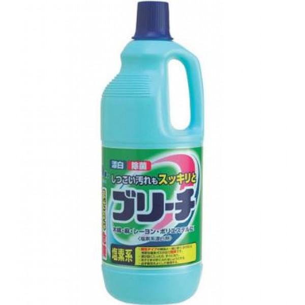 Отбеливатель для одежды Mitsuei, хлорный, 1,5 л060014Средство вернет вашим вещам сверкающую белизну. Идеально для изделий из хлопка, полиэстера, вискозы и льна. Прекрасно справляется с загрязнениями и пятнами на воротничках и манжетах белых рубашек. Удаляет любые пятна. Придает Вашим вещам приятный аромат чистоты и свежести. Способ применения: При стирке белых вещей к порошку добавить отбеливатель из расчета: на 1л. воды - 20мл. (1 колпачек) отбеливателя. Состав: гипохлорид натрия (хлористый), гидроксид натрия.