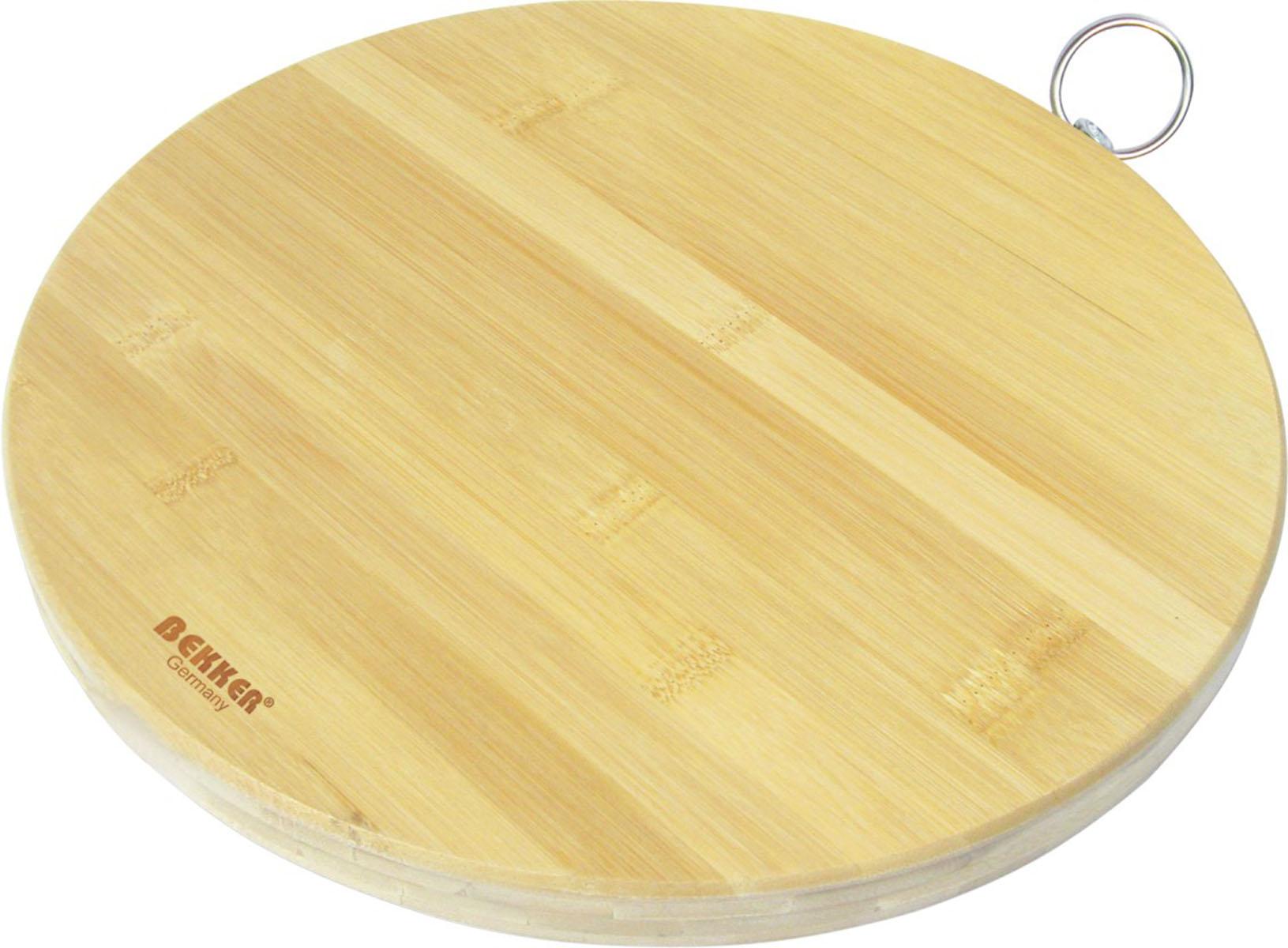 Доска разделочная Bekker, бамбуковая, диаметр 30 см. BK-9703BK-9703Круглая разделочная доска Bekker изготовлена из высококачественной древесины бамбука, обладающей антибактериальными свойствами. Бамбук - инновационный материал, идеально подходящий для разделочных досок. Доски из бамбука обладают высокой плотностью структуры древесины, а также устойчивы к механическим воздействиям. Доска оснащена крючком для подвешивания. Функциональная и простая в использовании, разделочная доска Bekker прекрасно впишется в интерьер любой кухни и прослужит вам долгие годы.