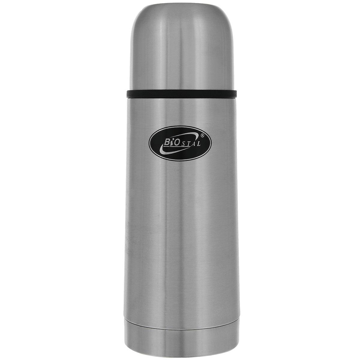 Термос Biostal, 350 мл. NB-350NB-350Термос с узким горлом Biostal NВ-350 относится к классической серии. Термосы этой серии, являющейся лидером продаж, просты в использовании, экономичны и многофункциональны. Термос предназначен для хранения горячих и холодных напитков (чая, кофе и пр.) и укомплектован двумя пробками (вторая пробка в подарок): пробка без кнопки надежна, проста в использовании и позволяет дольше сохранять тепло благодаря дополнительной теплоизоляции, пробка с кнопкой удобна в использовании и позволяет, не отвинчивая ее, наливать напитки после простого нажатия на кнопку. Особенности термоса: Легкий и прочный. Сохраняет напитки горячими или холодными долгое время. Изготовлен из высококачественной нержавеющей стали.