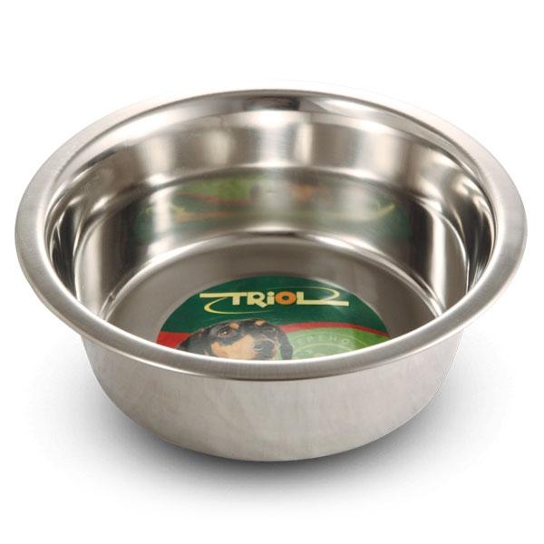 Миска для животных Triol, 400 млМ-000100Металлическая миска Triol удобнее пластмассовой тем, что она тяжелее и поэтому не переворачивается. Миска легко моется. Диаметр основания: 9 см. Высота: 4,5 см. Объем: 400 мл.