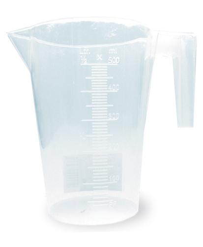 Мерный стакан Хозяюшка Мила, 500 мл36005Мерный стакан Хозяюшка Мила, выполненный из плотного полипропилена, станет незаменимым аксессуаром на вашей кухне, ведь зачастую для приготовления блюд необходима точность. Стакан имеет удобную ручку и носик, которые делают изделие еще более простым в использовании. Стакан позволяет мерить жидкости до 500 мл. Не рекомендуется мыть стакан в посудомоечной машине.