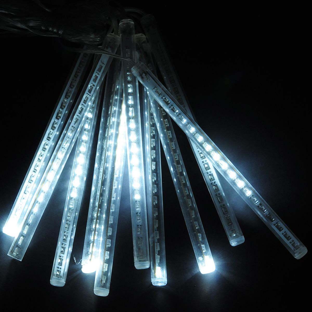 Гирлянда электрическая Lunten Ranta 10 подвесок, 180 светодиодов, 2,7 м60049Гирлянда электрическая Lunten Ranta 10 подвесок выполнена из пластика в оригинальном стиле с возможностью подключения дополнительных сегментов. Такая гирлянда украсит ваш дом изнутри. Оригинальный дизайн и красочное исполнение создадут праздничное настроение. Откройте для себя удивительный мир сказок и грез. Почувствуйте волшебные минуты ожидания праздника, создайте новогоднее настроение вашим дорогим и близким. Работает от работает от сети 220В.