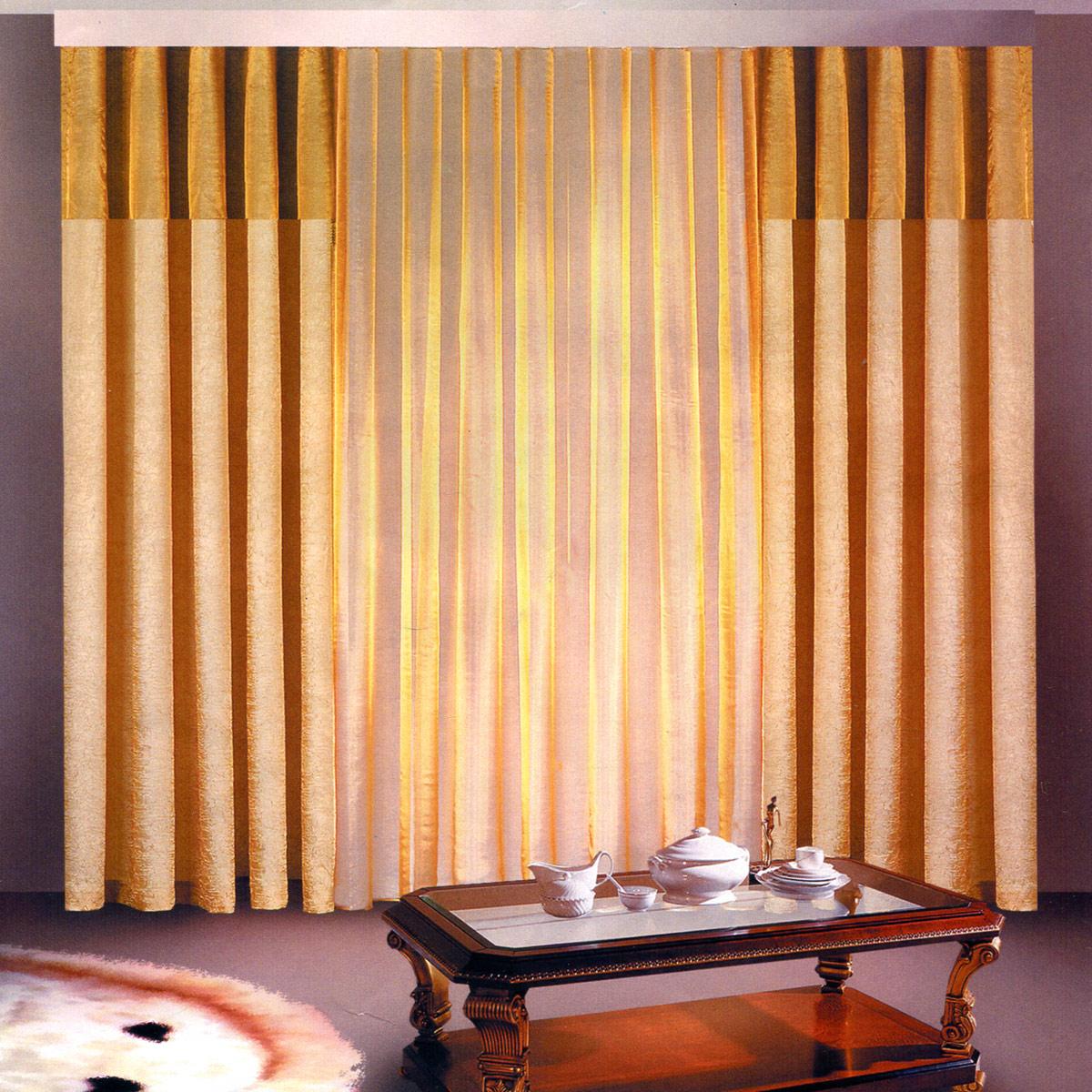 Комплект штор Zlata Korunka, на ленте, цвет: бежевый, шоколадный, высота 250 см. Б097Б097Роскошный комплект штор Zlata Korunka, выполненный из полиэстера, великолепно украсит любое окно. Комплект состоит из двух штор и тюля. Воздушная ткань и приятная, приглушенная гамма привлекут к себе внимание и органично впишутся в интерьер помещения. Этот комплект будет долгое время радовать вас и вашу семью! Шторы крепятся на карниз при помощи ленты, которая поможет красиво и равномерно задрапировать верх. Ширина шторы: 140 +/- 5 см.