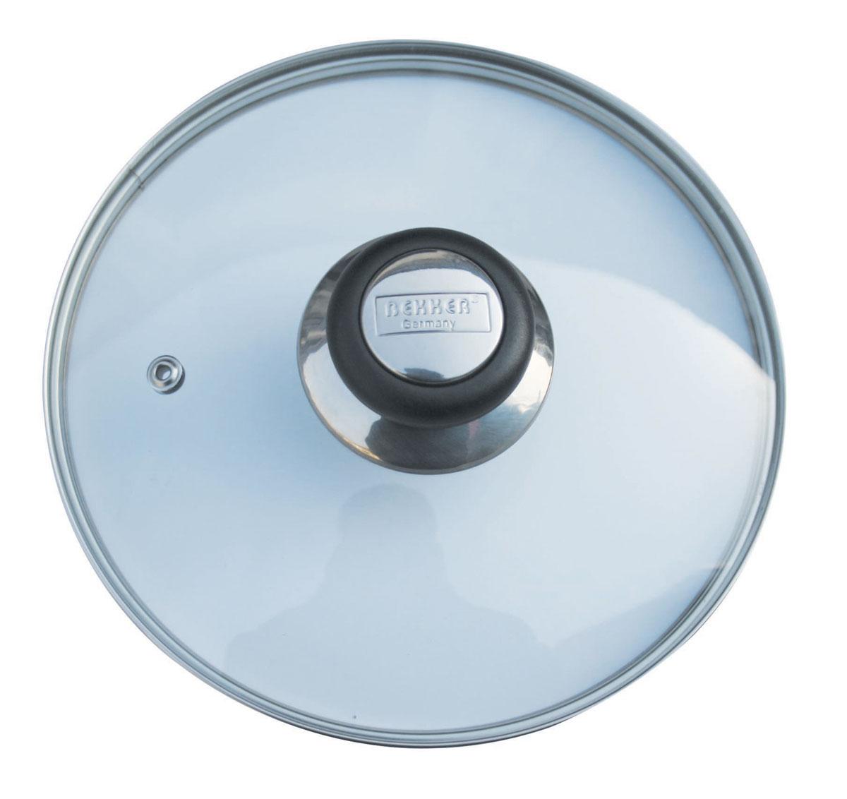 Крышка стеклянная Bekker. Диаметр 18 смCM000001326Крышка Bekker изготовлена из прозрачного термостойкого стекла. Обод, выполненный из высококачественной нержавеющей стали, защищает крышку от повреждений. Ручка из бакелита черного цвета защищает ваши руки от высоких температур. Крышка удобна в использовании, позволяет контролировать процесс приготовления пищи. Имеется отверстие для выпуска пара. Толщина стенки: 4 мм.