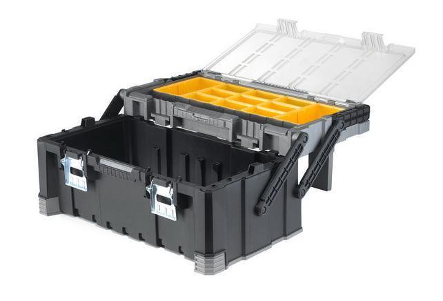 Ящик кантиливер Keter Master Pro, 2217187311Ящик для инструментов Keter изготовлен из прочного пластика и предназначен для хранения и переноски инструментов. Вместительный, внутри имеет большое вместительное отделение под инструменты. На крышке расположен органайзер, который имеет 9 маленьких контейнеров и 2 больших. Закрывается при помощи крепких защелок, которые не допускают случайного открывания. Для более комфортного переноса в руках, на крышке ящика предусмотрена удобная ручка. Характеристики: Материал: пластик, металл. Размеры ящика: 56,7 см х 31,4 см х 24,5 см. Глубина ящика: 16 см. Размеры малого контейнера: 6 см х 9,5 см х 5 см. Размеры большого контейнера: 9 см х 17,5 см х 5 см. Размеры упаковки: 56,7 см х 31,4 см х 24,5 см.