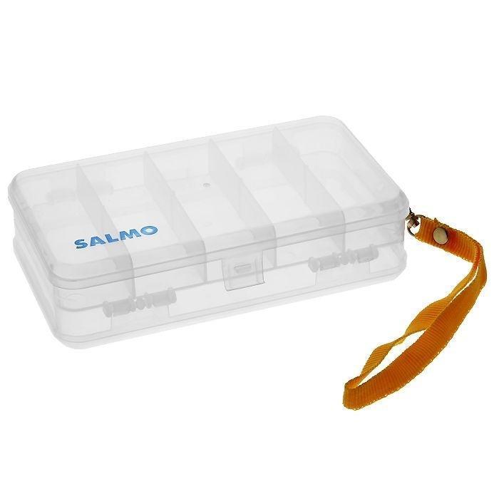 Коробка рыболовная Salmo 17. Double Sided, двухсторонняя, цвет: прозрачный1500-17Удобная коробка Salmo 17. Double Sided для хранения и транспортировки приманок и рыболовных принадлежностей позволит максимально защитить ее содержимое от попадания загрязнений и влаги. Коробка выполнена из пластика, является двусторонней и содержит два отделения, каждое из которых закрывается защитной крышкой. В одном отделении находятся 5 отсека, другое отделение отсеков не имеет. Благодаря своему небольшому размеру коробка компактна и не занимает много места. Также коробка оснащена съемным ремешком на карабине для транспортировки.