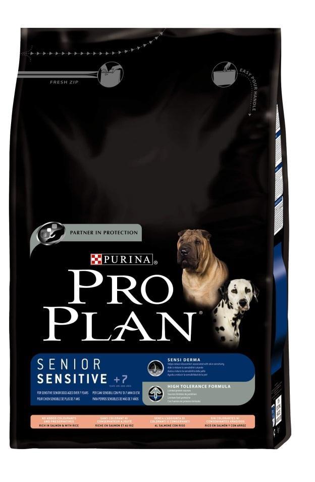 Корм сухой Pro Plan Senior Sensitive для собак старше 7 лет с чувствительным пищеварением, лосось с рисом, 3 кг12150395Сухой корм Pro Plan Senior Sensitive - полнорационный корм для собак старше 7 лет с чувствительным пищеварением. Содержит высокий уровень Омега-3 жирных кислот и снижает чувствительность кожи. Сокращает кожную реакцию связанную с пищевой чувствительностью. Состав: лосось (17%), сухой белок лосося (15%), кукуруза, кукурузная мука, кукурузный глютен, рис (9%), животный жир, вкусоароматическая кормовая добавка, мякоть свеклы, пищевые волокна, хлорид калия, минеральные вещества. Анализ: белок: 28%, жир: 14%, сырая зола: 7%, сырая клетчатка: 3%. Добавки на кг: витамин А: 32 800; витамин D3: 1070; витамин Е: 660 мг/кг; железо: 225; йод: 3,7; медь: 55; марганец: 55; цинк: 480. Товар сертифицирован.