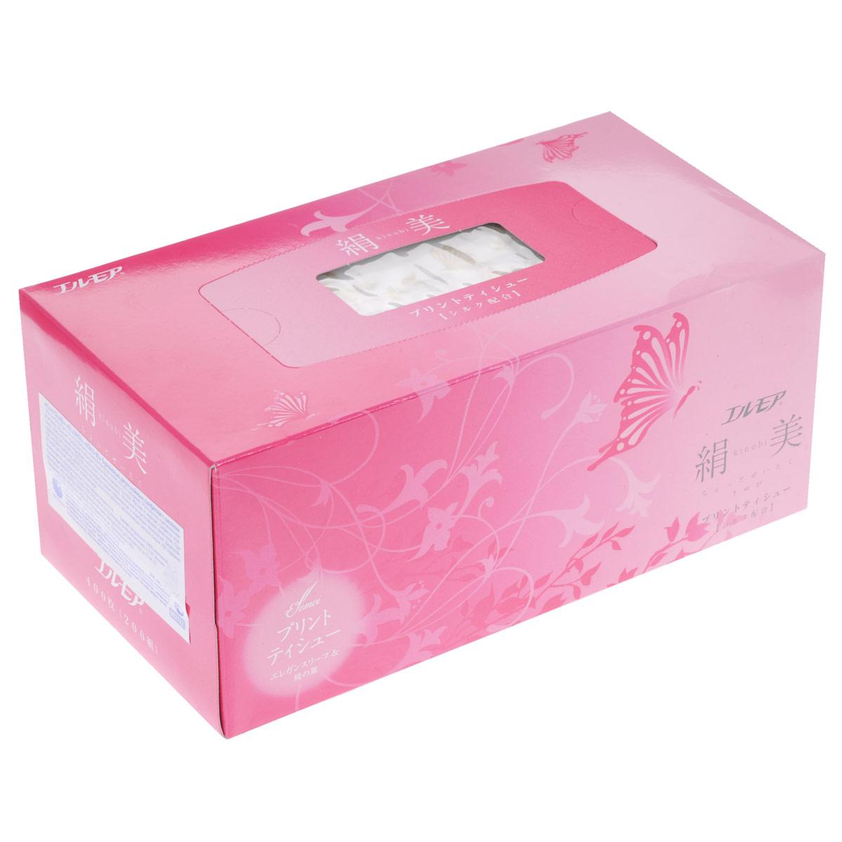 Салфетки бумажные Ellemoi Kinu-bi, двухслойные, с шелком, цвет упаковки: розовый, 200 шт002722Салфетки бумажные Ellemoi Kinu-bi изготовлены из натуральной 100% целлюлозы, экологически чистого сырья. Салфетки мягкие и нежные. Салфетки премиум класса с роскошным принтом из цветов сакуры цвета шампанского, в элегантной упаковке с добавлением шелковых волокон. Обладают высокими потребительскими свойствами, хорошо впитывают и удерживают жидкость. Салфетки бумажные Ellemoi Kinu-bi удобны, практичны и эффективны в любой ситуации. Не хранить в местах с повышенной влажностью. Не содержат флуоресцентных добавок и осветлителей.