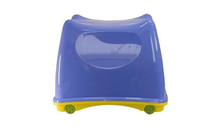 Ящик детский СУПЕР-ПУПЕР, сиреневыйS03301004Вместительный легкий ящик с яркой крышкой для хранения игрушек или одежды удобно разместится в комнате ребенка. Ящик для игрушек декорирован с помощью современной технологии, благодаря которой декор надежно держится на изделии. Ящики легко штабелируются, как с закрытыми крышками, так и без них, что позволяет рационально использовать пространство. Ящик безопасен даже для самых маленьких детей, благодаря своей конструкции с закругленными углами. Помыть ящик не составляет никакого труда - пластик легко моется и вытирается от пыли, что особенно важно, когда ребенок совсем еще маленький. Ящики производятся из экологически чистого сырья - это необходимо для здоровья ребенка.
