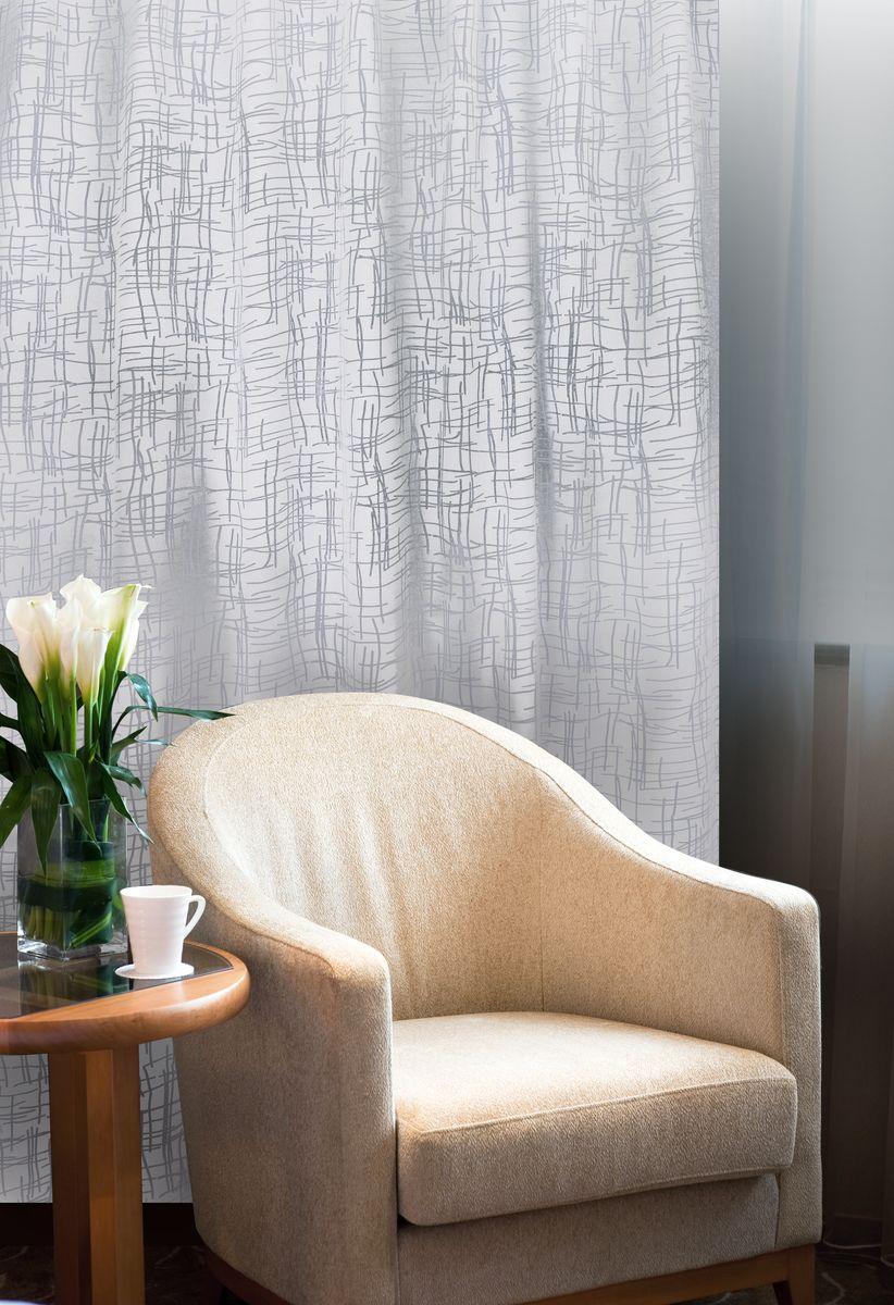 Штора Home Queen Линии, на петлях, цвет: белый, высота 250 см61103Изящная штора Home Queen Линии выполнена из 60% полиэстера и 40% вискозы. Штора с приятной фактурой и современным дизайном выполнена в оригинальной технике выжженных волокон burn out. Полупрозрачная ткань и стильный графический принт привлекут к себе внимание и органично впишутся в интерьер помещения. Такая штора идеально подходит для солнечных комнат. Мягко рассеивая прямые лучи, она хорошо пропускает дневной свет и защищает от посторонних глаз. Отличное решение для многослойного оформления окон. Эта штора будет долгое время радовать вас и вашу семью! Штора крепится на карниз при помощи петель.