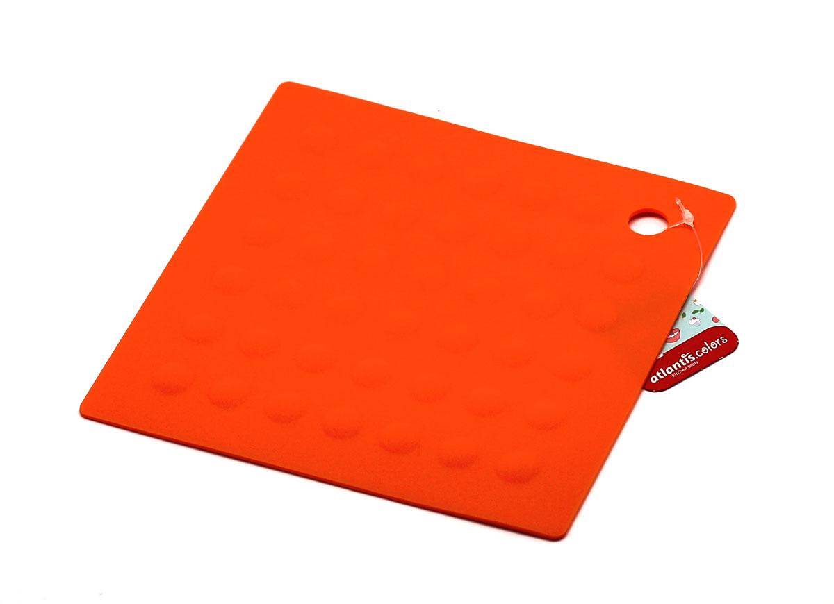 Подставка под горячее квадратная, цвет: оранжевыйVT-1520(SR)Подставка под горячее квадратная, станет незаменимым помощником на кухне. Оригинальный дизайн внесет свежесть и новизну в интерьер вашей кухни. Выдерживает температуру до +230°С, не впитывает запахи и легко моется в посудомоечной машине.