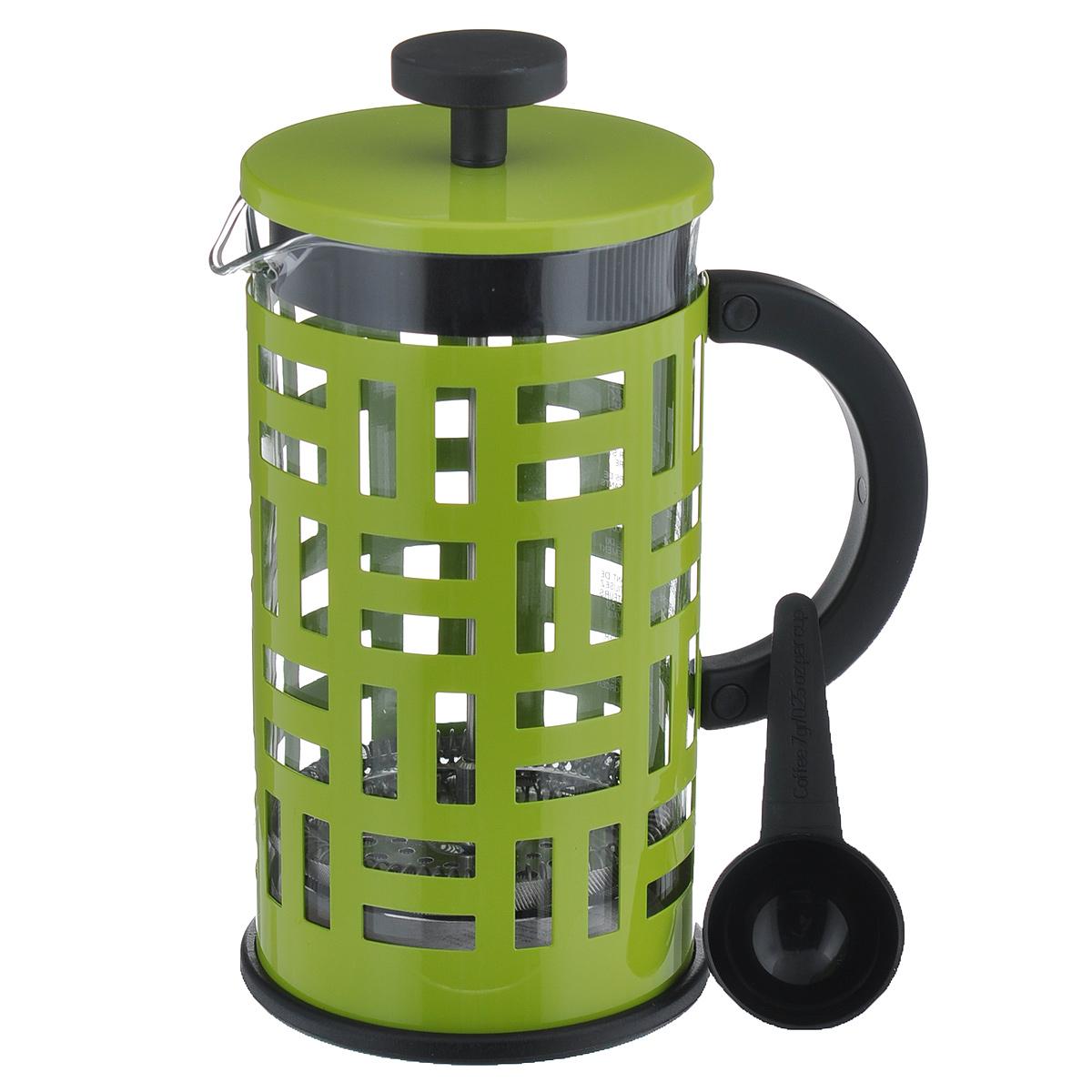 Кофейник Bodum Eileen с прессом, цвет: салатовый, 1 л11195-Кофейник Eileen с фильтром French Press и мерной ложечкой займет достойное место на вашей кухне. Современный дизайн полностью соответствует последним модным тенденциям в создании предметов бытовой техники. Кофейник снабжен легкой и удобной, покрытой специальным материалом, ручкой, позволяющей безопасно и удобно использовать его в любой ситуации - даже держать два кофейника одновременно. Цельная оправа из нержавеющей стали защищает хрупкую стеклянную емкость от толчков и ударов. В то же время эта оправа не заглушает аппетитный запах свежесваренного кофе. Настоящим ценителям натурального кофе широко известны основные и наиболее часто применяемые способы его приготовления: эспрессо, по-турецки, гейзерный. Однако существует принципиально иной способ, известный как French Press, благодаря которому приготовление ароматного напитка стало гораздо проще. Профессиональная серия Eileen была задумана и создана в честь великого архитектора и дизайнера - Эйлин Грей (Eileen...