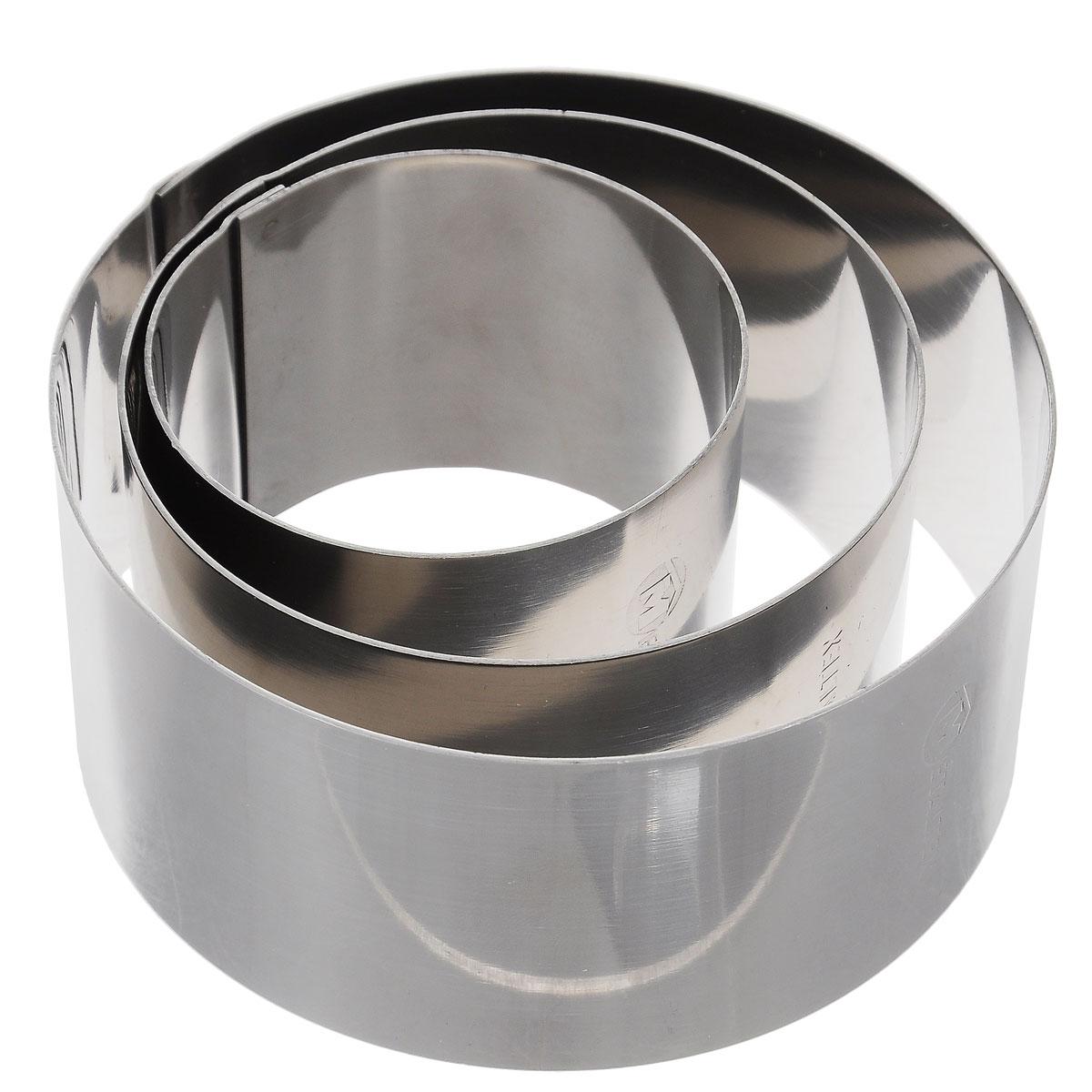 Кольца кулинарные Metaltex, 3 шт20.45.36Набор Metaltex состоит из трех неразъемных колец разного диаметра. Кольца выполнены из высококачественной нержавеющей стали. Идеальны для придания формы различным блюдам. Кулинарные формы Metaltex для выпечки будет отличным выбором для всех любителей бисквитов и кексов, а также заливных блюд и пудингов. С такой формой вы всегда сможете порадовать своих близких оригинальной выпечкой. Можно мыть в посудомоечной машине. Диаметр: 10 см, 8 см, 6 см. Высота стенок: 4,5 см.