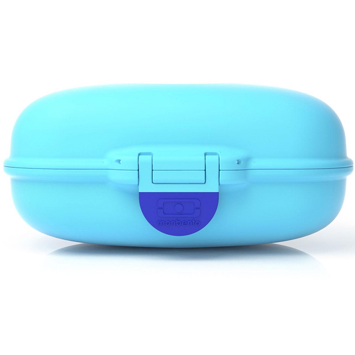 Ланчбокс Monbento Gram, цвет: ежевичный, 600 млVT-1520(SR)Ланчбокс Monbento Gram изготовлен из высококачественного пищевого пластика. Предназначен для хранения и переноски пищевых продуктов. Ланчбокс плотно закрывается на защелку. Компактные размеры позволят хранить его в любой сумке. Ланчбокс удобно взять с собой на работу, отдых, в поездку. Теперь любимая домашняя еда всегда будет под рукой, а яркий дизайн поднимет настроение и подарит заряд позитива. Можно использовать в микроволновой печи и для хранения пищи в холодильнике, можно мыть в посудомоечной машине.Объем: 600 мл. Размер ланчбокса: 15 см х 10 см х 7 см.