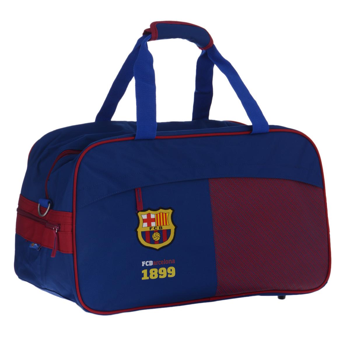 FC Barcelona Сумка спортивная цвет синий красныйOM-678-2/2Спортивная сумка Barcelona FC понравится любому фанату команды или просто активному человеку, занимающемуся спортом.Сумка изготовлена из высококачественного износостойкого полиэстера и оформлена нашивным логотипом футбольного клуба Барселона - знаменитого каталонского клуба из одноимённого города, одного из сильнейших в Испании и в мире.Сумка состоит из одного вместительного отделения, закрывается на застежку-молнию. Спереди расположен прорезной карман на застежке-молнии, прикрытый клапаном для предотвращения попадания влаги. Внутри кармана находятся два открытых кармана для мелочей, карман для мобильного телефона с клапаном на липучке, накладной карман-сеточка на застежке-молнии и кольцо для ключей. Сумка имеет съемное твердое дно, которое при необходимости можно удалить для облегчения веса. Сумка имеет удобные ручки, скрепляющиеся хлястиком на липучке, а также съемный плечевой ремень, регулирующийся по длине, со специальной накладкой для комфортной переноски на плече. Сумка очень просторная, в ней без труда поместится спортивная форма или сменная одежда. Дно оснащено пластиковыми ножками, обеспечивающими необходимую устойчивость.Спортивная сумка - незаменимый аксессуар для любого человека, занимающегося спортом или посещающего тренажерный зал. А сумка с логотипом любимой команды станет отличным подарком для футбольного болельщика. Сумка является официальной лицензионной продукцией FCB.