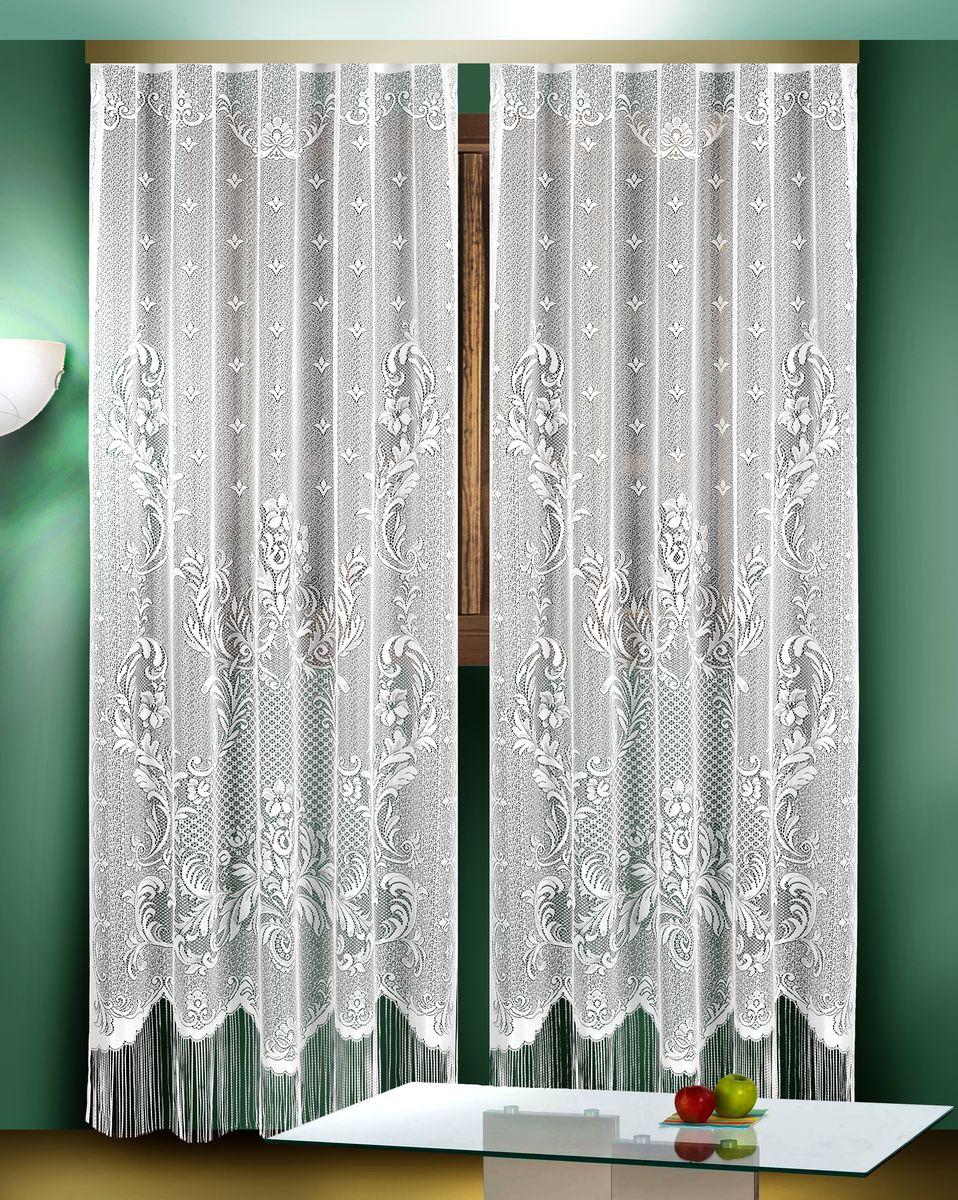 Гардина Zlata Korunka, цвет: белый, высота 250 см, 2 шт. 8882388823Гардины Zlata Korunka великолепно украсят любое окно в гостиной, спальне или на кухне. В комплекте 2 гардины, выполненные из полиэстера и украшенные красивым цветочным узором. Нижняя часть изделий оформлена бахромой, что придает гардинам особый стиль и шарм. Тонкое плетение, нежная цветовая гамма и роскошное исполнение - все это делает гардины Zlata Korunka замечательным дополнением интерьера комнаты в классическом стиле. В комплект входит: Гардина - 2 шт. Размер одной гардины (ШхВ): 165 см х 250 см.