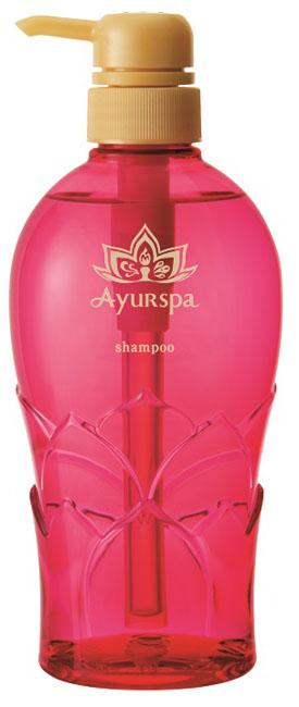 Ayurspa Аюрведический шампунь для восстановления волос 500 мл., в пластиковом флаконеFS-00897Шампунь Ayurspa прекрасно очищает волосы и кожу головы, активно способствует росту волос, возвращает им природную красоту и блеск. Содержит натуральные моющие средства - мыльные орехи и плоды шикакай. Экстракты нима, амлы и алоэ вера способствуют укреплению и росту волос. Снимает зуд, смягчает и успокаивает кожу. Серия Ayurspa японской косметической компании Saraya основывается на аюрведических знаниях о лечебных свойствах растений, которые издревле использовались в Индии для поддержания красоты и здоровья. В Ayurspa содержатся самые эффективные по своим целительным свойствам растения для лечения заболеваний и ухода за кожей и волосами. Благодаря содержанию экстрактов амлы, брингараджа, псоралеи, гибискуса, бибхитаки и туласи средства Ayurspa восстанавливают поврежденные, сухие и ломкие волосы, питают, увлажняют их, предотвращают появление седины и стимулируют рост волос.