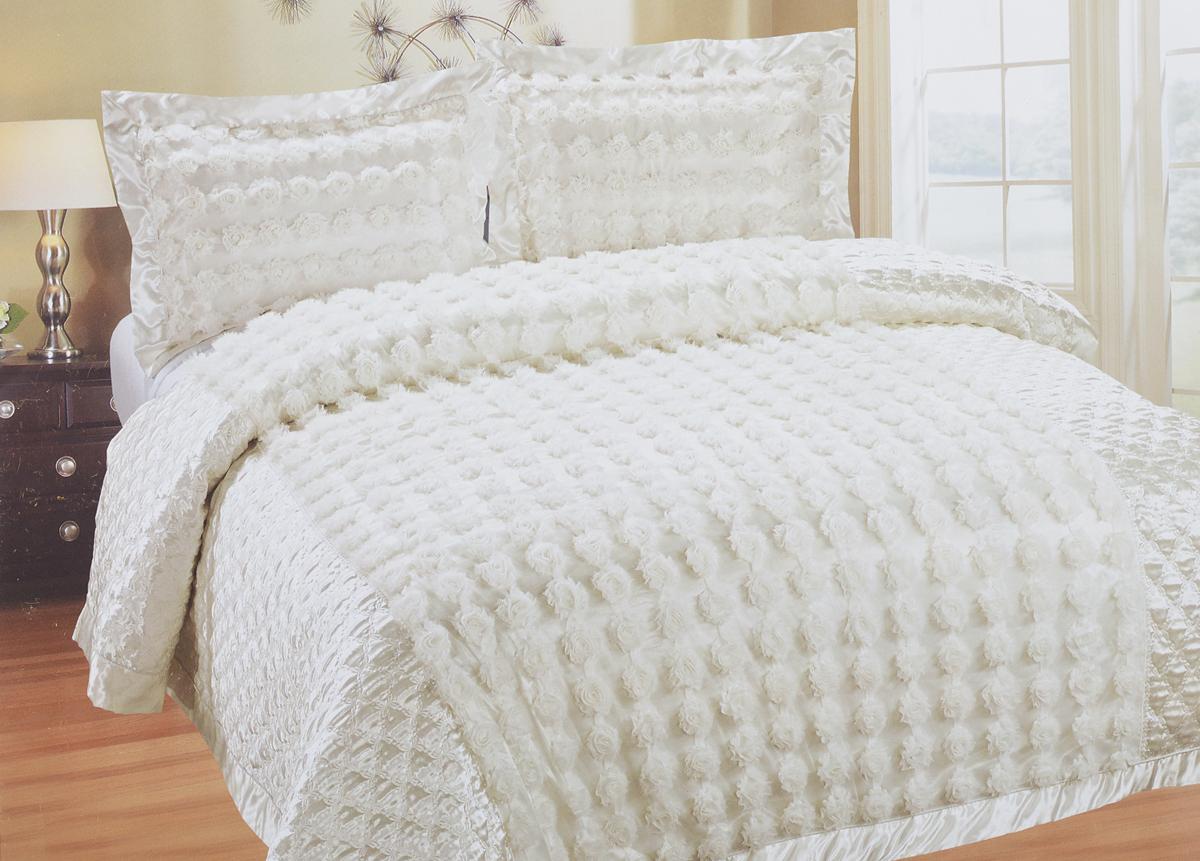 Комплект для спальни SL: покрывало 240 х 260 см, 2 наволочки 50 х 70 см, цвет: белый09362Роскошный комплект для спальни SL состоит их стеганого покрывала и двух наволочек. Верхняя часть предметов набора изготовлена из 100% полиэстера, нижняя - из 20% хлопка и 80% полиэстера. Набор декорирован цвета из ткани. Комплект для спальни SL - это отличный способ придать спальне уют и привнести в интерьер что-то новое. Набор упакован в подарочную картонную коробку, украшенную сюжетами по мотивам картин эпохи Возрождения.