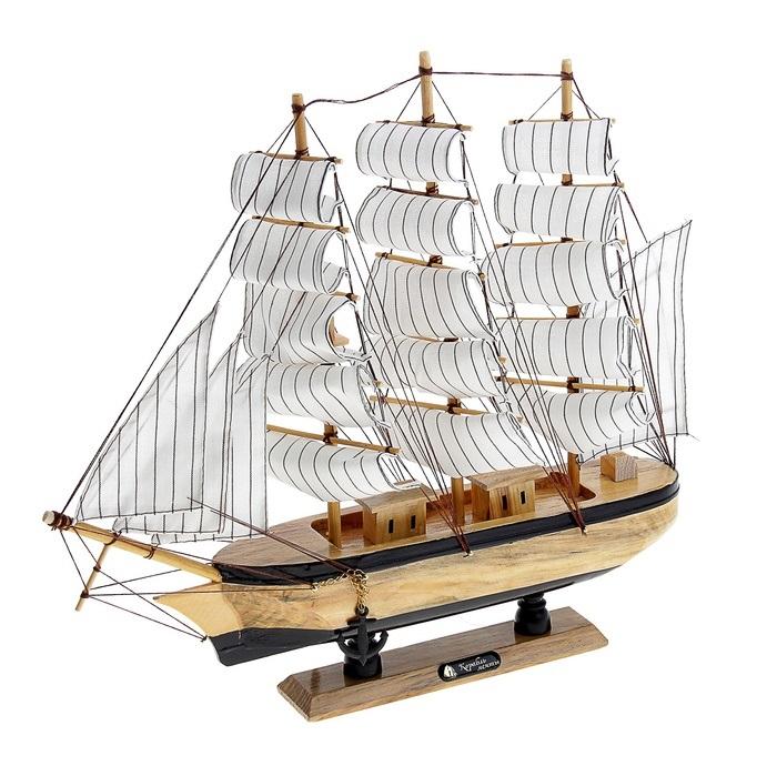 Корабль сувенирный Корабль мечты, длина 40 см. 564183564183Сувенирный корабль Корабль мечты, изготовленный из дерева и текстиля, это великолепный элемент декора рабочей зоны в офисе или кабинете. Корабль с парусами и якорями помещен на деревянную подставку. Время идет, и мы становимся свидетелями развития технического прогресса, новых учений и практик. Но одно не подвластно времени - это любовь человека к морю и кораблям. Сувенирный корабль наполнен историей и силой океанских вод. Данная модель кораблика станет отличным подарком для всех любителей морей, поклонников историй о покорении океанов и неизведанных земель. Модель корабля - подарок со смыслом. Издавна на Руси считалось, что корабли приносят удачу и везение. Поэтому их изображения, фигурки и точные копии всегда присутствовали в помещениях. Удивите себя и своих близких необычным презентом.
