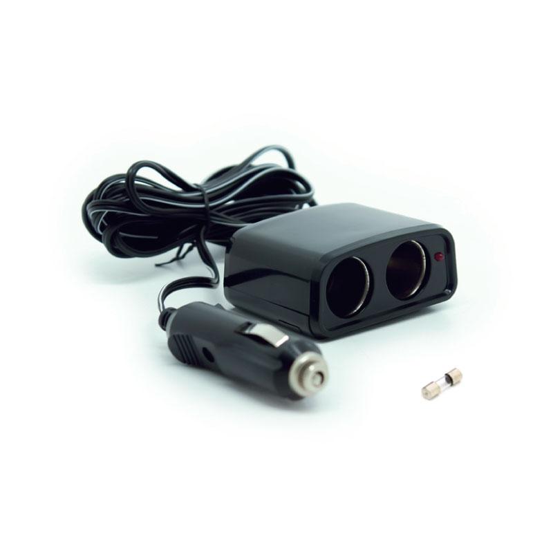 Разветвитель прикуривателя AVS CS201, со светодиодной подсветкой, 2 выхода, 12/24В43224Разветвитель прикуривателя AVS CS201 увеличивает количество гнезд прикуривателя и рассчитан на подключение нескольких различных электрических приборов, например, автомобильного чайника или термокружки. Имеет защиту от короткого замыкания - плавкий предохранитель в корпусе штекера. Выполнен из тугоплавкого пластика. Это устройство незаменимо при выездах на природу, да и просто в поездках по городу. Имеет 2 гнезда прикуривателя. Питание: 12/24В. Длина провода: 3 м.