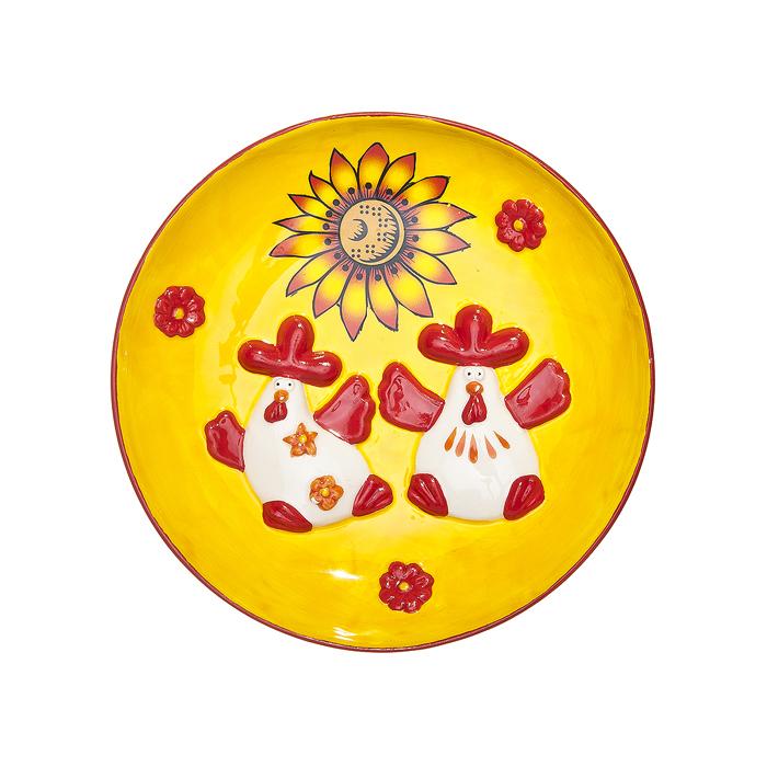 Тарелка декоративная Home Queen Русские узоры, диаметр 16 смFS-91909Декоративная тарелка Home Queen Русские узоры выполнена из высококачественной керамики, покрытой слоем сверкающей глазури. Изделие оформлено красочным рельефом в виде двух забавных курочек. Такая тарелочка станет оригинальным украшением праздничного стола на Пасху.