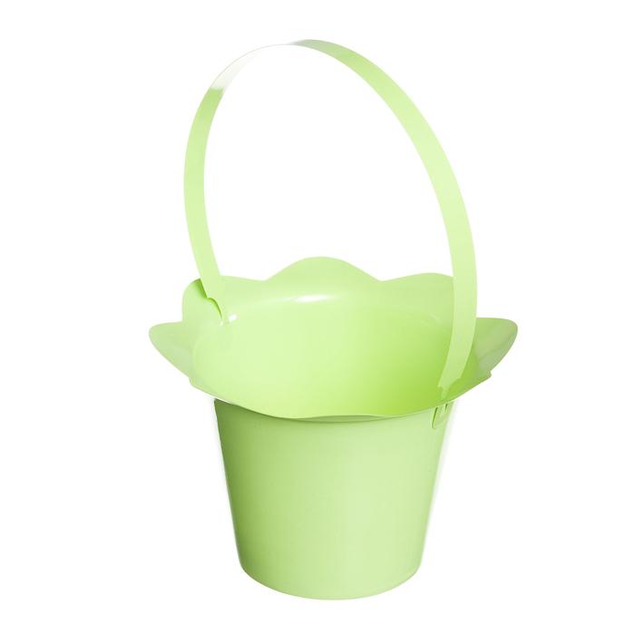 Корзинка Home Queen Пасхальный кулич, цвет: салатовый, 16 х 12 см68250_3Корзинка Home Queen Пасхальный кулич предназначена для украшения интерьера и сервировки стола. Изделие выполнено из пластика и оснащено ручкой. Такая оригинальная корзинка станет ярким украшением стола. Идеальный вариант для хранения пасхальных яиц. Высота (с ручкой): 24 см.