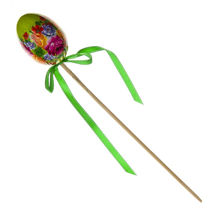 Декоративное украшение на ножке Home Queen Народное искусство, цвет: зеленый, высота 26 см68276_2Декоративное украшение Home Queen Народное искусство выполнено из пластика в виде пасхального яйца на деревянной ножке, декорированного цветочным орнаментом. Изделие украшено текстильной лентой. Такое украшение прекрасно дополнит подарок для друзей или близких. Высота: 26 см. Размер яйца: 6 см х 4,5 см.