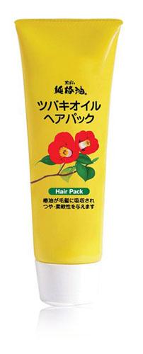 Kurobara Маска Tsubaki Oil Чистое масло камелии для восстановления поврежденных волос с маслом камелии 280 гр972720Маска рекомендуется для тонких, сухих, ломких волос, а также волос, повреждённых окрашиванием и химической завивкой. За счёт входящего в состав масла семян камелии маска смягчает и питает волосы, компенсирует потерю естественной влаги, сглаживает поверхность волос, повышает прочность и эластичность, возвращает здоровый блеск тусклым безжизненным волосам. Благодаря удивительному свойству проникать в структуру волосяного стержня, масло восстанавливает повреждённые участки кутикулы волоса, усиливает защиту хрупких и ломких волос, препятствует появлению секущихся кончиков, повышает прочность и эластичность. Применение маски в комплексе с шампунем способствует восстановлению повреждённых волос за счёт глубокого проникновения активных компонентов маски в структуру волоса. Усиливает защиту хрупких, ломких, секущихся волос, смягчает и питает тонкие, ослабленные внешними воздействиями волосы.