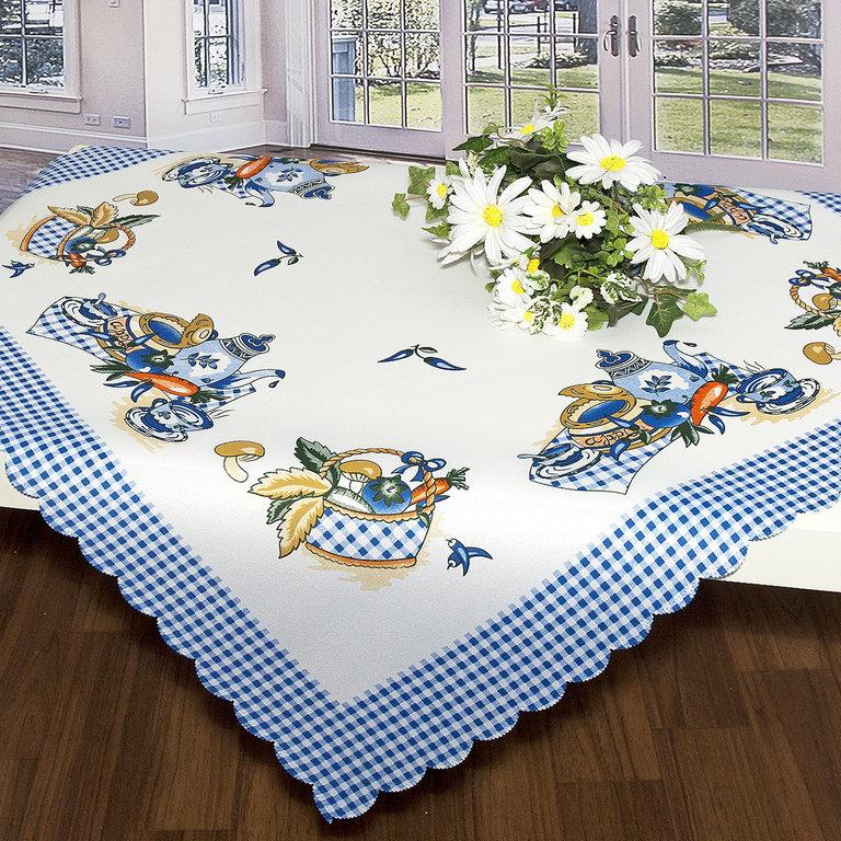 Скатерть Schaefer, квадратная, цвет: белый, синий, 80x 80 см. 07382-10710503Скатерть Schaefer выполнена из высококачественного полиэстера и оформлена напечатанным рисунком, по краю сделана вырезка - фестоны. Изделия из полиэстера легко стирать: они не мнутся, не садятся и быстро сохнут, они более долговечны, чем изделия из натуральных волокон. Скатерть Schaefer не останется без внимания ваших гостей, а вас будет ежедневно радовать ярким дизайном и несравненным качеством.Немецкая компания Schaefer создана в 1921 году. На протяжении всего времени существования она создает уникальные коллекции домашнего текстиля для гостиных, спален, кухонь и ванных комнат. Дизайнерские идеи немецких художников компании Schaefer воплощаются в текстильных изделиях, которые сделают ваш дом красивее и уютнее и не останутся незамеченными вашими гостями. Дарите себе и близким красоту каждый день! Изысканный текстиль от немецкой компании Schaefer - это красота, стиль и уют в вашем доме.