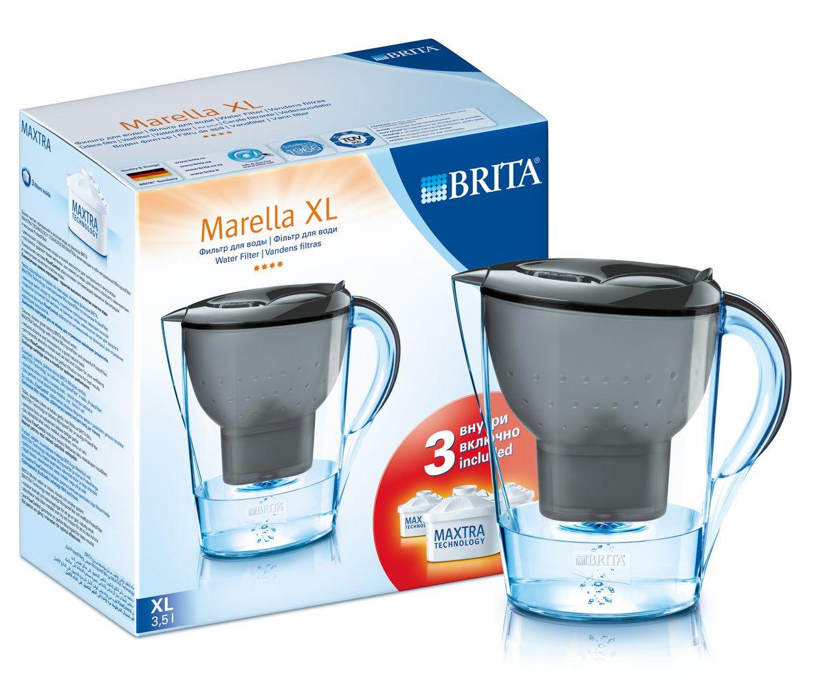 Фильтр-кувшин для воды Brita Marella XL, цвет: графитовый, 3 сменных картриджа, 3,5 л1010708Фильтр-кувшин Brita Marella XL, выполненный из пластика, станет необходимым помощником на вашей кухне. Вода, очищенная данным фильтром обладает рядом преимуществ: - улучшает вкус горячих и холодных напитков, - увеличивает срок службы бытовых приборов, препятствуя образованию накипи, - идеальна для приготовления вкусной и здоровой пищи, - придает более насыщенный вкус и аромат чаю и кофе. Технология картриджа Maxtra снижает содержание в воде таких веществ, как хлор, алюминий, тяжелые металлы (свинец и медь), некоторые пестициды и органические примеси. Также он отфильтровывает соли жесткости. Особенности данного фильтра: - только для Maxtra, - благодаря удобной функции (одним нажатием кнопки) заменить картридж очень просто, - откидная крышка в отверстии для заливки воды, - календарь: механический индикатор ресурса кассеты будет автоматически напоминать вам о необходимости заменить кассету через каждые 4...