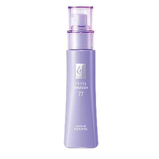 Flouveil Увлажняющая эмульсия EF-77 для лица 80млБ63003 мятаЛегкая эмульсия эффективно увлажняет кожу, создает на её поверхности защитную пленочку, которая защищает от негативного воздействия окружающей среды, а также препятствует испарению влаги. Благодаря легкой текстуре, не оставляет ощущения перегруженности на коже. Входящие в состав природные экстракты корня воробейника и бука способствуют восстановлению волокон эластина и сокращают морщинки. Экстракт бифидобактерий поддерживает собственный иммунитет кожи, помогая восстанавливаться самостоятельно. Гиалуроновая кислота удерживает влагу в коже, не позволяя ей испаряться в течение дня. Экстракт пиона снимает микровоспаления кожи, выравнивает ее тон. Экстракт лилии смягчает и придает коже шелковистость! Насладитесь легким цветочным ароматом!