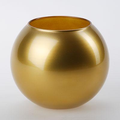 Ваза Workshop Flora, цвет: золотистый, высота 11 см43417GLВаза Workshop Flora, выполненная из натрий-кальций-силикатного стекла, сочетает в себе изысканный дизайн с максимальной функциональностью. Круглая ваза имеет гладкие одноцветные стенки. Она идеально подойдет для мелких цветов. Такая ваза придется по вкусу и ценителям классики, и тем, кто предпочитает утонченность и изысканность. Высота вазы: 11 см. Диаметр вазы (по верхнему краю): 7,9 см.