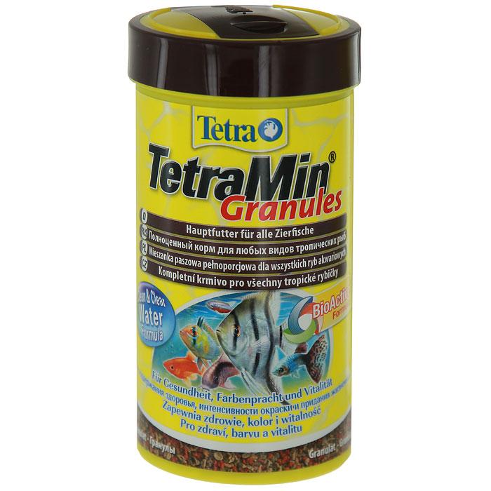 Корм сухой TetraMin Granules для всех видов аквариумных тропических рыб, в виде гранул, 250 мл139749Корм TetraMin Granules - это биологически сбалансированный корм в виде гранул для здоровой рыбы и чистой воды. Тщательно подобранная смесь высокопитательных ингредиентов с витаминами, минералами и микроэлементами для ежедневного полноценного питания рыб. Особенности TetraMin Granules: небольшие гранулы корма, содержащиеся в практичной упаковке, быстро размягчаются в воде, гранулы медленно опускаются на дно аквариума, что гарантирует полноценное и разнообразное питание, содержит такие жизненно важные вещества как протеины, витамины, лецитин, а также добавку, обеспечивающую рыбкам насыщенность окраски. За счет этих элементов достигается здоровый рост, богатство красок, и жизненная сила, с запатентованной формулой BioActive - для продолжительной и здоровой жизни ваших питомцев, оптимальная степень усвоения всеми видами рыб. Рекомендации по кормлению: кормите несколько раз в день маленькими порциями. ...