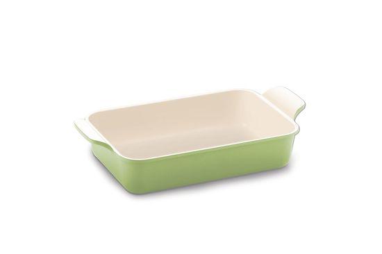 Форма для запекания Frybest Evergreen, прямоугольная, с керамическим покрытием, цвет: оливковый, бежевый, 39 х 21 х 10 смCVE-OS EvergreenФорма для запекания Frybest Evergreen подходит для приготовления блюд в духовке. Изделие изготовлено из литого алюминия с антипригарным керамическим покрытием Ecolon, которое обеспечивает экологичность выпекаемых в форме блюд - в процессе приготовления не происходит никаких вредных реакций с пищей. Благодаря толстым стенкам, в форме особенно удаются запеченные блюда и выпечка - они полностью пропекаются и не пригорают. Одно из основных отличий формы Frybest Evergreen от большинства других - наличие в ней слоя анионов (отрицательно заряженных ионов), обладающих антибактериальными свойствами. Они намного дольше сохраняют приготовленную пищу свежей. Изделие имеет утолщенное дно и две ручки по бокам для удобного хвата. Подходит для газовых, электрических, керамических плит, можно мыть в посудомоечной машине. Объем: 2 л. Внешний размер формы: 39 см х 21 см х 10 см. Внутренний размер формы: 30,5 см х 20 см х 8,2 см. Толщина дна: 4,5 мм. ...