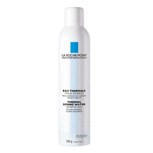 La Roche-Posay Термальная вода Thermal Water, 300 мл72523WDУвлажняет кожу, нейтрализует свободные радикалы, замедляет процессы старения клеток, защищает от излучения UV-лучей, успокаивает раздражение кожи, оказывает ранозаживляющее и противовоспалительное действие, устраняет зуд и смягчает кожу.